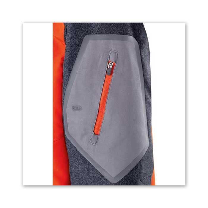 Zipper Detail of Raider Short Sleeve Pullover Batting Jacket